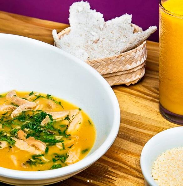 Experimente os alimentos saudáveis do ASA Açaí